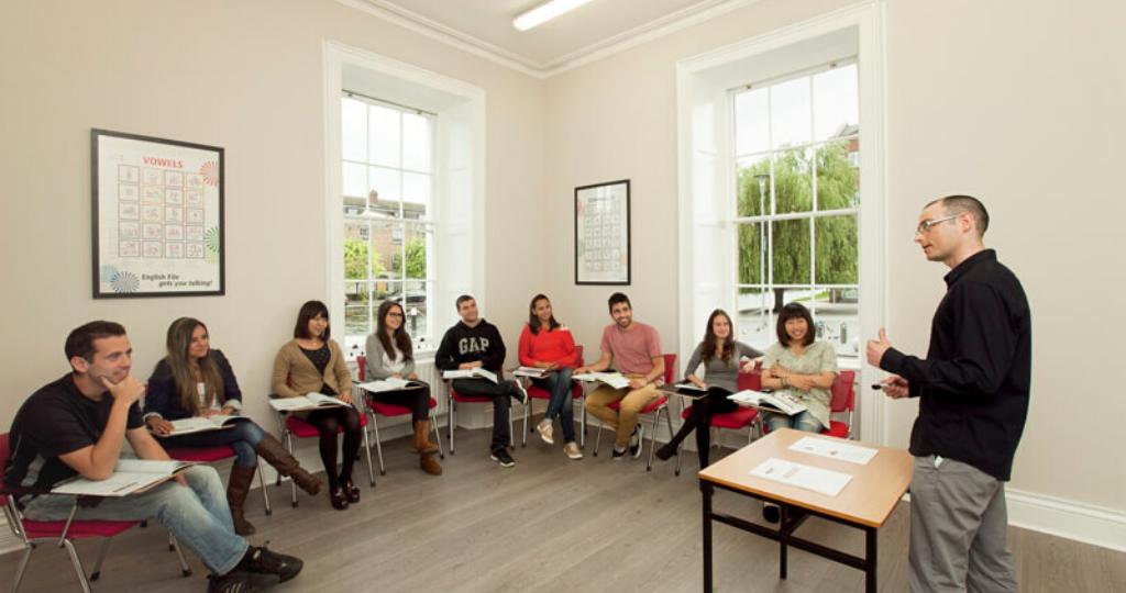 Мовні курси в Ірландії